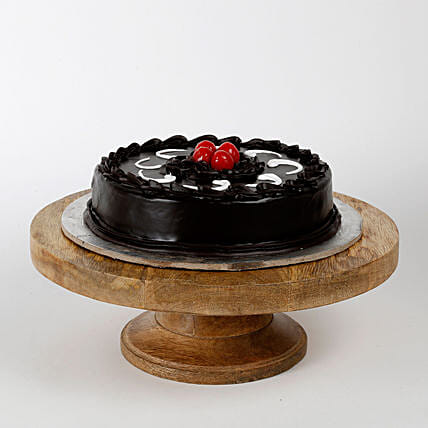 Chocolate Truffle Cake: Gifts for Bhabhi