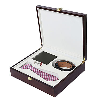 Alvaro Castagnino Purple & Pink Accessory Gift Set for Men: Belts for Him