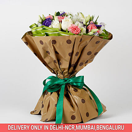 10 White Roses 6 Pink Carnations Mixed Bouquet: Premium Gifts for Anniversary