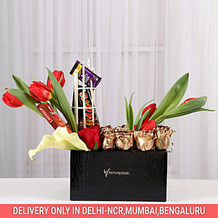 Mesmerising Golden Roses Box Arrangement: Send Tulips