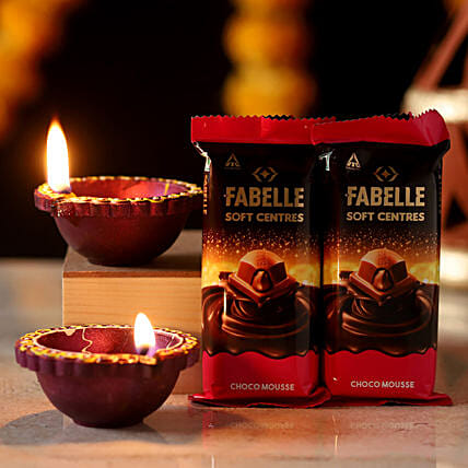 Fabelle Choco Mousse Diya Combo: Candles