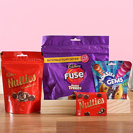 Cadbury Sweetness Tray: Send Gift Hampers