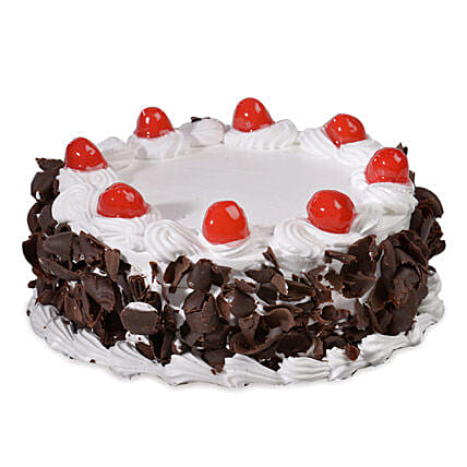 Yummy Black Forest Cake: Cakes