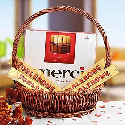 A Gift of Perfection: Dubai Gift Basket Delivery