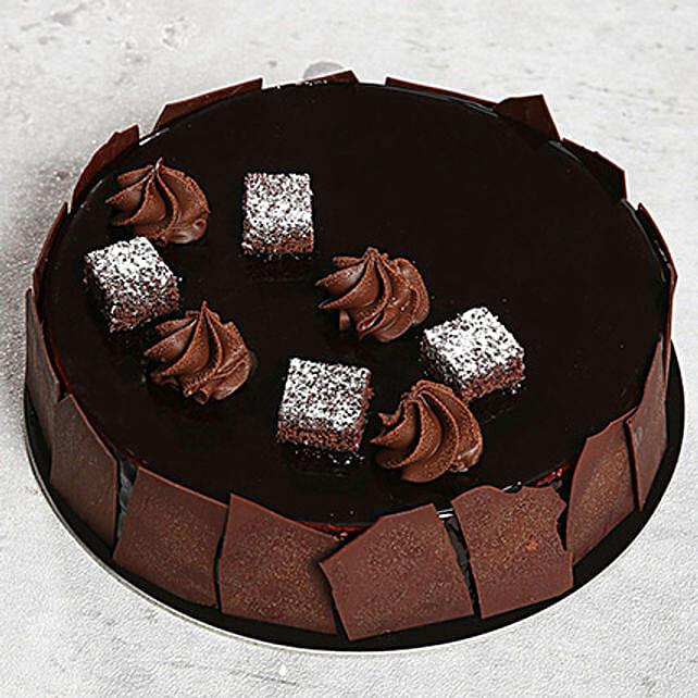 Chocolate Sponge Cake: Cake Delivery in UAE