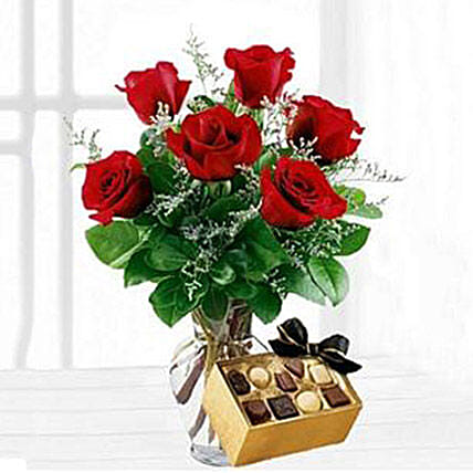 Six Red Roses With Chocolates Gift Delivery In New Jersey