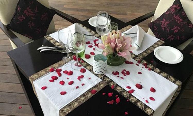 Lavish Poolside Dinner for Valentines