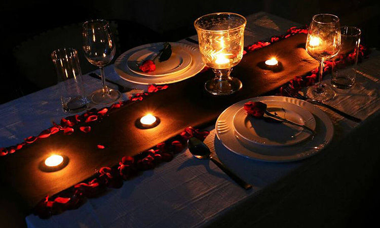 Wood Villa Theme Rooftop Dinner Date